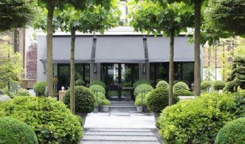 Home & Garden: A Round Above