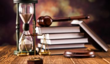 Law & Legal & Attorney: What Are Similar Jobs to a Lawyer?